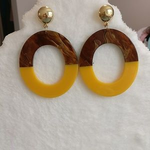 Fashion pierced earrings